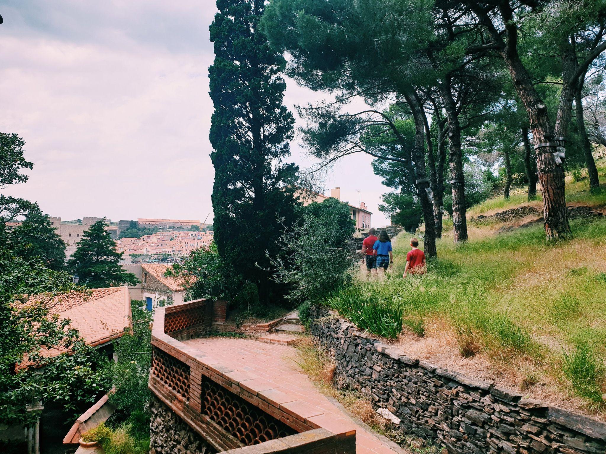 At the bottom of the fort saiint elme hike